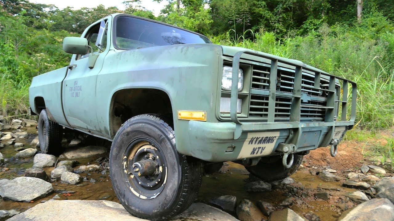 Part 1: Alabama Army Truck - Getting It Runnin'! - Dirt