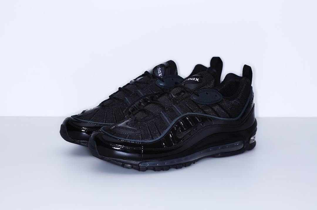 the latest 16f72 c4cb8 Hip Hop Style   Latest Trends in Fashion and Footwear. Supreme® Nike® Air  Max ...