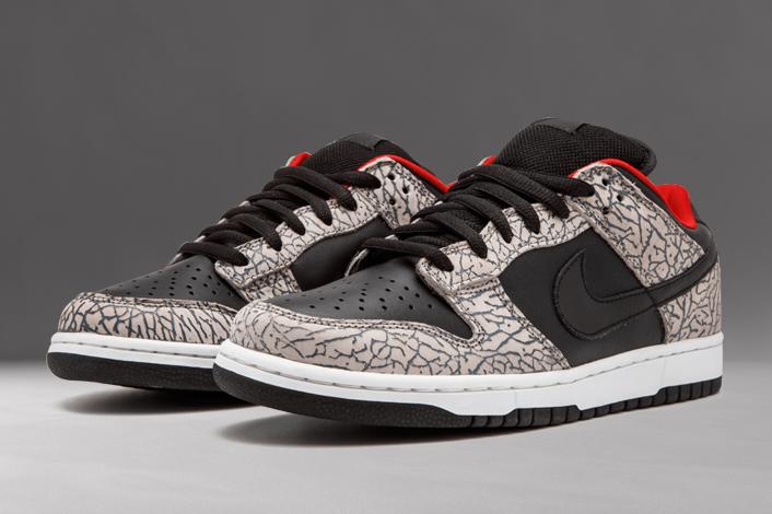 Nike SB Dunk Low Supreme Black Cement