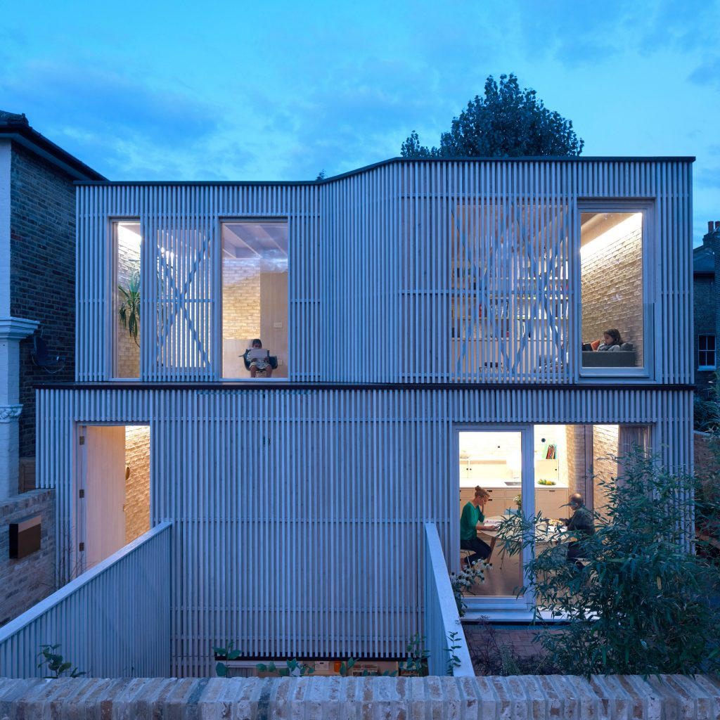 Tikari Works Squeezes Pocket House On Site Of Former